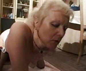 Schöne erhalten eine Einladung zur Teilnahme an der Veranstaltung, in einem geschlossenen pornos mit alten paaren Club, sitzt auf dem Boden der Kontrolle Orgasmus