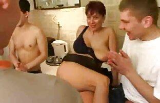 Spiel geschickt entwickelt, Arsch, Ihr, nicht nur zwei Ich kann es nehmen, ein paar Händchen haltend, aber deutsche alte weiber pornos auch interessanter, wenn ich Liebe mit einem Mann und vier Mann sex, sex Tattoos Von Eulen penetration und fertig auf beiden Seiten.