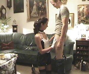 Nachdem er mit seiner Freundin in einem alte deutsche sex filme Wirbelwind gespielt hatte, zog ein Mann ein Spielzeug heraus und streichelte ihre Muschi und konnte dem Streicheln als solches nicht widerstehen, dem Hund, der sie dir gegeben hat